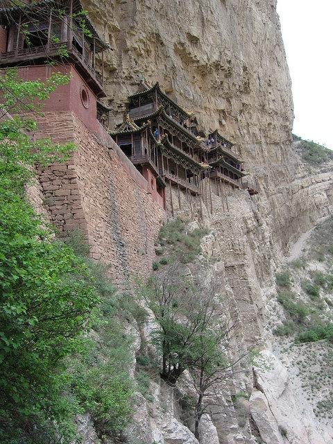 Висячий монастырь или Сюанькун-сы, Китай