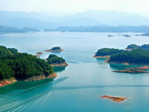 Озеро тысячи островов, Китай