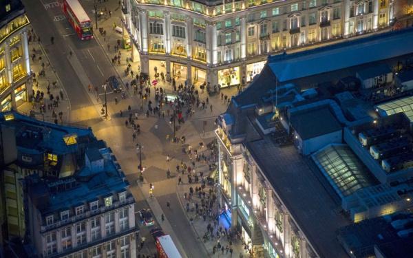 Города ночью – аэрофотосъемка Джейсона Хоука