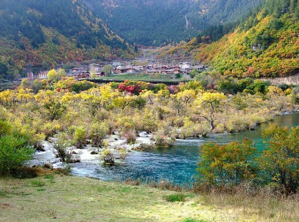 Национальный парк Цзючжайгоу, Китай.