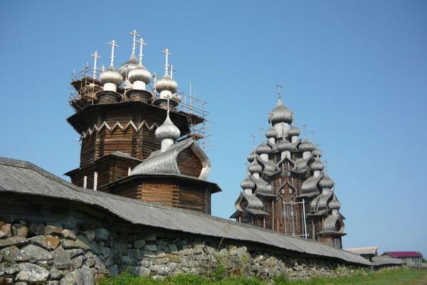 Всемирное наследие ЮНЕСКО:Архитектурный ансамбль Кижского погоста