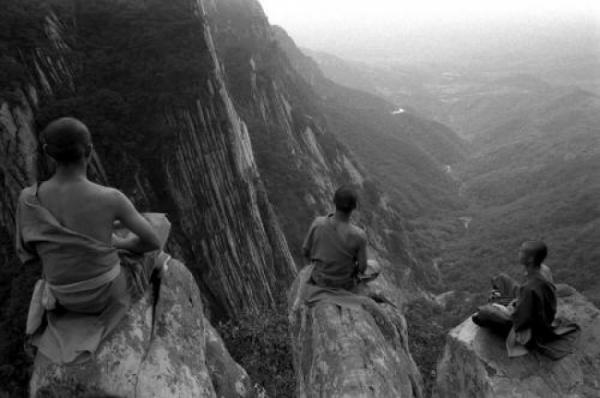 Пост восхищения монахами Шаолиня
