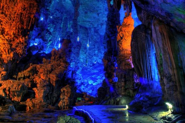 Пещера Тростниковой флейты
