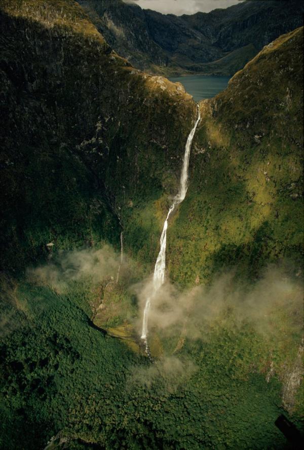 Водопады небывалой красоты изо всех уголков мира